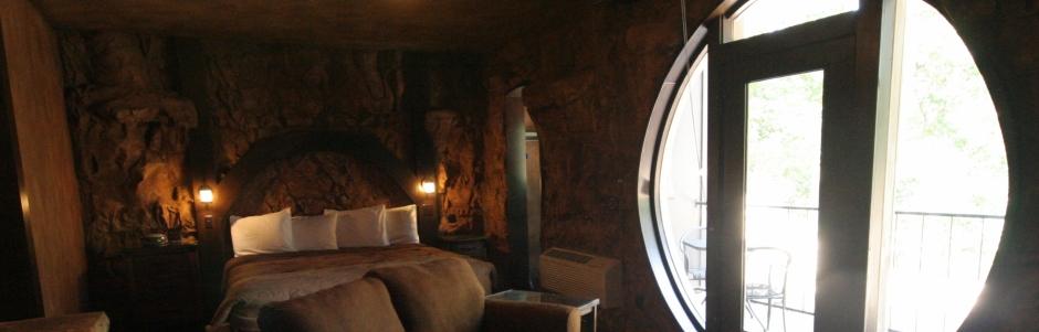 Eureka Springs Treehouses Hobbit Caves Amp Castles